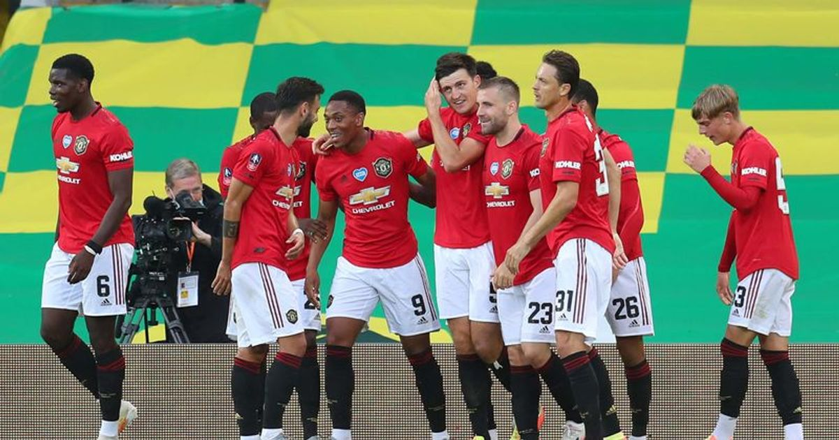 Manchester United Vs Psg How To Live Stream Time Venue Where To Watch Who Will Win And All The Pre Buzz Around Champions League Duel Meaww