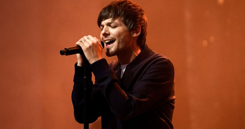 Who is Louis Tomlinson dating? Here's why One Direction fans are going bonkers over his selfie: 'You've changed'