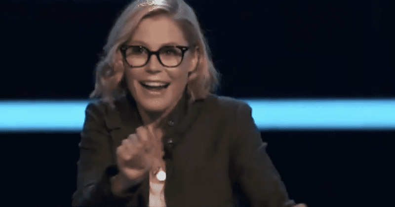 'Who Wants to Be a Millionaire': Will Julie Bowen win $1M? Excited fans say she has a 'legit shot'