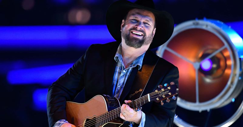 What is Garth Brooks' net worth? A look at country star's ...
