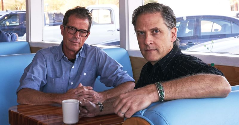 Calexico 'Seasonal Shift' Review: Rock band's first holiday album is less about Christmas and more about memories