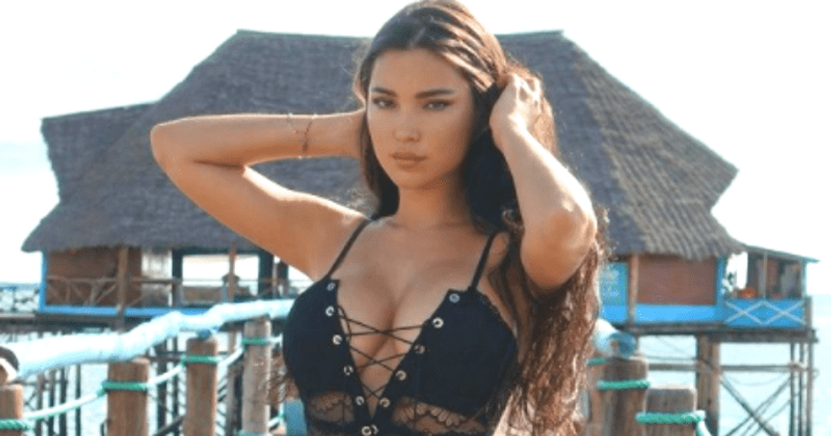 Female russian sex and fitness stars