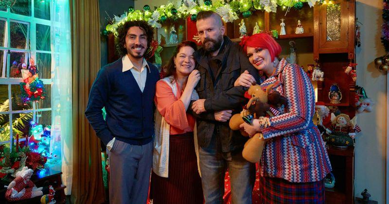 The Unremarkable Christmas': Meet Antonio Sanint, Maria Cecilia Sanchez,  Julián Cerati and rest of the cast of Netflix special | MEAWW