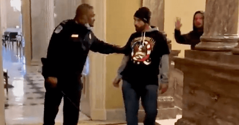 Who is Eugene Goodman? Black police officer hailed 'hero' for diverting  Capitol rioters: 'Deserves Medal of Honor' | MEAWW