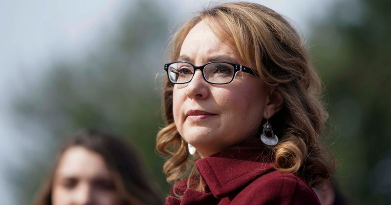 Who is Gabby Giffords? Ex-Arizona rep calls Boulder shooting 'personal tragedy' 10 years after being shot in head
