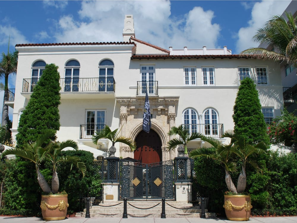 The history for Versace mansion miami tour